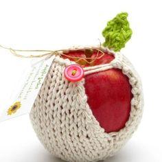 Uma linda maçã, não é crocheteiras de plantão? A Raquel me mandou como ideia para meu lanche e eu achei bem legal.