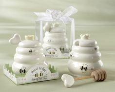 """""""Meant to Bee"""" Ceramic Honey Pot with Wooden Dipper Wedding Favors"""
