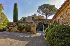 Our #RelaisOfTheDay is Le Mas des Herbes Blanches, Joucas, France http://www.relais.com/masherbes