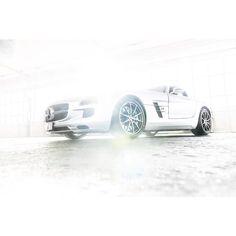 "Philip Vogt  Abschlussarbeit - Serie ""SLS""  Fb: Philip Vogt Photography  Insta: @philipvogt __________________________ #lazi #laziphotodesign #Stuttgart #professional #photography #design #school #academy #students #carphotography #automotivephotography #carporn #carsofinstagram #carlovers #caroftheday #carswithoutlimits #cargram #carinstagram #carlifestyle #sportscars #madwhips #cargasm #mercedes #benz #sls #amg #horsepower __________________________ The Lazi Akademie is a…"