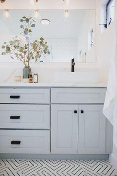 Modern Farmhouse, Rustic Modern, Classic, light and airy master bathroom design tips. Bathroom makeover tips and master bathroom renovation tips. Bathrooms Remodel, Bathroom Vanity, Blue Bathroom, Bathroom Interior Design, Bathroom Furniture, Modern Bathroom, New Toilet, White Bathroom, Bathroom Decor