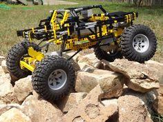 Rock Crawler: A LEGO® creation by Nerds forprez : MOCpages.com Lego Cars, Lego Truck, Weird Cars, Crazy Cars, Technique Lego, Lego Builder, Lego Mindstorms, Lego Mecha, Lego Room