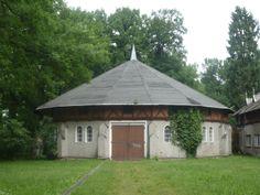Schloß und Park Altdöbern - alte Wirtschaftsgebäude/ Pferdehalle