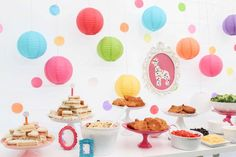 A Joyful Riot's Birthday / Frosted Circus Animal Cookies - Photo Gallery at Catch My Party 1st Birthday Party For Girls, 3rd Birthday, Bubble Party, Animal Birthday, Colorful Party, Birthday Cookies, First Birthdays, Party Ideas, Party Themes