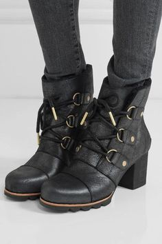 Sorel - Addington Waterproof Nubuck Boots - Black - US10.5