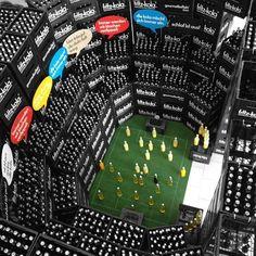 Photo: auch hamburger flaschen können ein gutes bild im stadion abgeben.