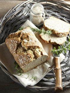Vegan Vegetarian, Vegetarian Recipes, Cooking Recipes, Pretzel Bun, Bread Art, Greek Olives, Greek Cooking, Greek Recipes, Bread Baking
