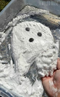 Ghost Foam- bubbling foam that is squishy, mold-able, & naturally COLD. Kids can play ghost busters and make the ghosts they form disappear right before their eyes. SO COOL!