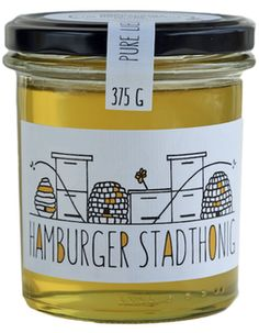 Hamburger Stadthonig (Schanze) You are in the right place about juice Packaging Design Here we offer Honey Packaging, Juice Packaging, Candle Packaging, Brand Packaging, Honey Jar Labels, Honey Label, Food Packaging Design, Packaging Design Inspiration, Coperate Design