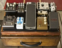 Pedalboard Feature: Daniel Tyack of Salvage Custom http://www.strymon.net/2014/08/11/pedalboard-feature-daniel-tyack/