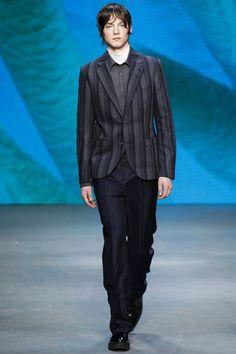 Tiger of Sweden Fall 2016 Menswear Fashion Show