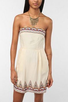 ah:D looks a little like an indian dress but i love this! its on sale too! was 70 now 20