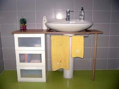 19 Ideas For Bathroom Sink Ikea Hack Powder Rooms Bathroom Mirror With Shelf, Small Bathroom Storage, Diy Home Furniture, Diy Home Decor, Pedestal Sink Storage, Rental Decorating, Vanity Decor, Chic Bathrooms, Rustic Bathrooms