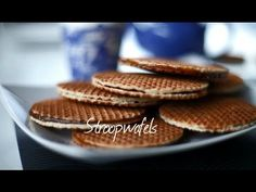 Stroopwafel recipe - How to make stroopwafels Uk Recipes, Dutch Recipes, Sweet Recipes, Cookie Recipes, Amish Recipes, Stroopwafel Recipe, Yorkshire Pudding Recipes, Waffle Cookies, Pancakes And Waffles