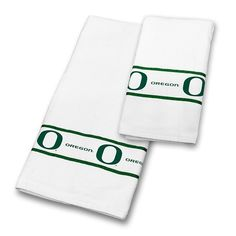 Use this Exclusive coupon code: PINFIVE to receive an additional 5% off the University of Oregon Towel Set at SportsFansPlus.com