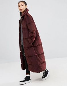 ASOS Luxe – Wattierter Mantel aus Samt