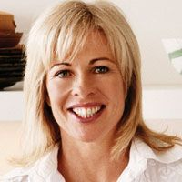 Annabel Langbein is a New Zealand celebrity cook, food writer and publisher. She is also a regular radio guest and TV presenter and has fronted her own TV series, Annabel Langbein The Free Range Cook. Fabulous chef who trained at Lincoln University, The Culinary Institute of America, Le Cordon Bleu and has won many awards. Wikipedia. Keva xo