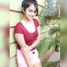 Desi Girl Image, Lovely Girl Image, Cute Girl Pic, Stylish Girls Photos, Stylish Girl Pic, Cute Beauty, Beauty Full Girl, Indian Girl Bikini, Indian Girls