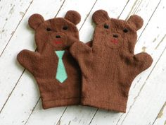 "These terry cloth bath mitts are ""beary"" nice."