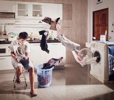 25 Beautiful Levitation Photography | InspireFirst