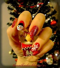 Νυχάκερ :P #christmasnails DIY