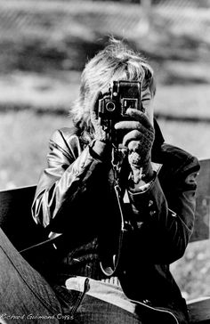 My Ex Was A Photographer too..., Longueuil. Québec  Photo by Richard Guimond ©1985 19851010 0023 (3)f Nikon F2a 105mmf2.5 Tri-X D-76