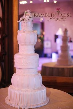 Wedding cake, Southern Event Planners, Memphis, Tennessee.