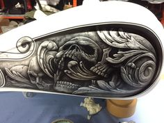 Skull Painting, Air Brush Painting, Car Painting, Custom Motorcycle Paint Jobs, Custom Paint Jobs, Custom Tanks, Custom Bikes, Motorcycle Tank, Motorcycle Helmets
