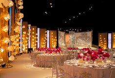 Mumbai Wedding Decorations, Wedding Decorations in Mumbai - Bigindianwedding Indian Wedding Stage, Wedding Stage Decorations, Ballroom Wedding, Wedding Events, Weddings, Wedding Table, Party Wedding, Event Decor, Event Design