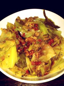 Skinny Smothered Cabbage...recipe actually sounds great for fall.