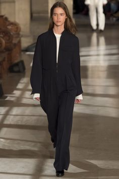 Lemaire Fall 2016 Ready-to-Wear Fashion Show
