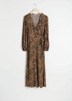 Leopard Print Wrap Dress - Leopard - Midi dresses - & Other Stories Satin Midi Dress, Blue Midi Dress, Midi Dresses, Wrap Dresses, High Street Dresses, Party Dresses Online, Print Wrap, Fashion Story, How To Wear