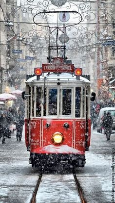 Winter, Christmas time, Tram by Niyazi Uğur Genca - Istanbul / Turkey. What a beautiful shot! Snow Scenes, Winter Scenes, Winter Christmas, Christmas Time, Christmas Train, Winter Snow, Merry Christmas, Christmas Shopping, Vienna Christmas