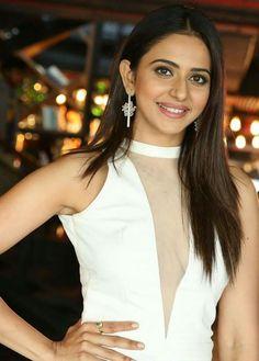Miss south india pooja umashankar sada