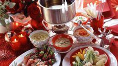Auch an Weihnachten beliebt: Fondue | http://eatsmarter.de/rezepte/fondue-4
