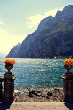 escursioni trekking riva del garda Lake Garda, Lake Como, Trekking, Places, Grande, Bmw, Travel, Beautiful, Italia