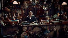 "The Cinematography of ""Hugo"" Cinematographer: Robert Richardson Won the 2012 Academy Award for Best Cinematography Hugo Movie, Jake Thomas, Robert Richardson, Hugo Cabret, Les Miserables 2012, Ben Kingsley, Orson Scott Card, Best Cinematography, Wolf Of Wall Street"