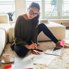 I'm A Professional Matchmaker—Here's What That Actually Looks Like Writing Prompts Funny, Writing Prompts For Writers, Picture Writing Prompts, Essay Prompts, Essay Topics, Essay Writing, College Essay, College Fun, College Life