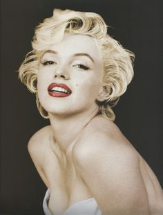 Marilyn Monroe photographed by Milton Greene, 1954.                                                                                                                                                     More