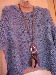 Poncho  gris tejido a dos agujas suave suave. eva.piedradeluna@gmail.com