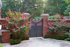 idei pentru spatiul de la poarta gate landscaping ideas 7
