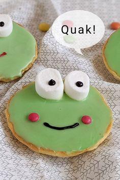 Frosch Amerikaner - Rezept für Kinder: Die Amerikaner Frösche sind die Abwandlung der Frosch Muffins. Als süßer Snack sehen sie nicht nur niedlich aus, sondern sind auch sehr lecker. Muffins, Ober Und Unterhitze, Sugar, Mottos, Cookies, Desserts, School, Amazing Cakes, Kid Cooking