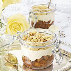 Äppelpaj i burk kan förberedas i god tid innan gästerna kommer.