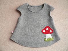 Toadstool walk tunic, tunic made of walkloden by Schönes from Rübchenhausen on … – BABYCLOTHİNG Toddler Outfits, Kids Outfits, Winter Outfits, Kids Frocks Design, Girl Dress Patterns, Girls Blouse, Sweet Dress, Diy Dress, Little Girl Dresses