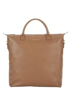 The Anatomy Of An Awesome Tote Bag #refinery29  http://www.refinery29.com/best-tote-bag-quality#slide-2  Short HandleThis neutral tote has a handle on the smaller side — it's easy to carry at the bend of your arm, but doesn't quite fit over the shoulder. Likely the most chic but less practical option, the short handle looks great but might get old if your bag is super-heavy or you need to carry it for long distances....