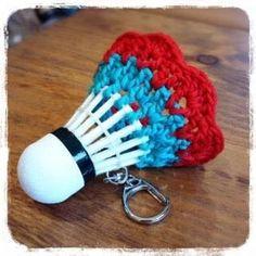 バドミントン,キーホルダー,シャトル,かぎ針編み,編み方自体,糸+金具+編み図,キット