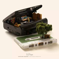 Amazing Things around Us: 20 Miniatures by Tanaka Tatsuya – Livemaster Miniature Photography, Life Photography, Photography Ideas, Cute Little Things, Mini Things, Miniature Calendar, Thing 1, Tiny World, Miniature Figurines