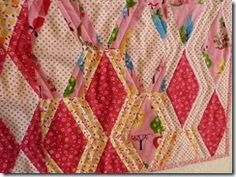 long arm quilting zig zag lines on diamond quilt