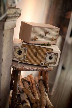cool vintage radios