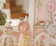 Cute Pink Christmas Decorations